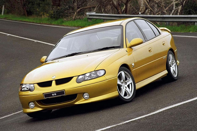 Holden _commodore _2000_wallpapers _1-658