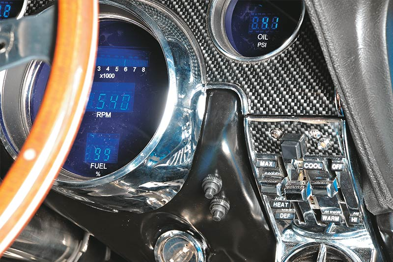 19-Digital -dash -classic -cars -push -buttons