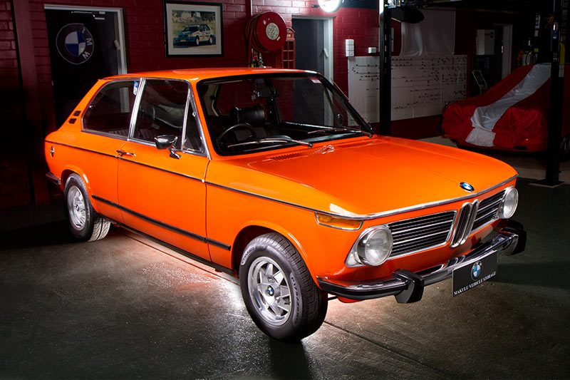 bmw 2002 tii touring review