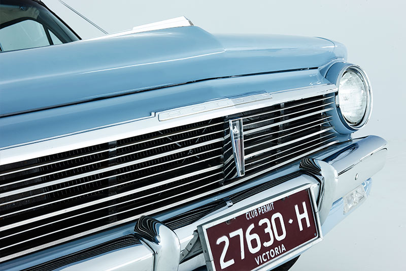 EH-Holden -front -grill