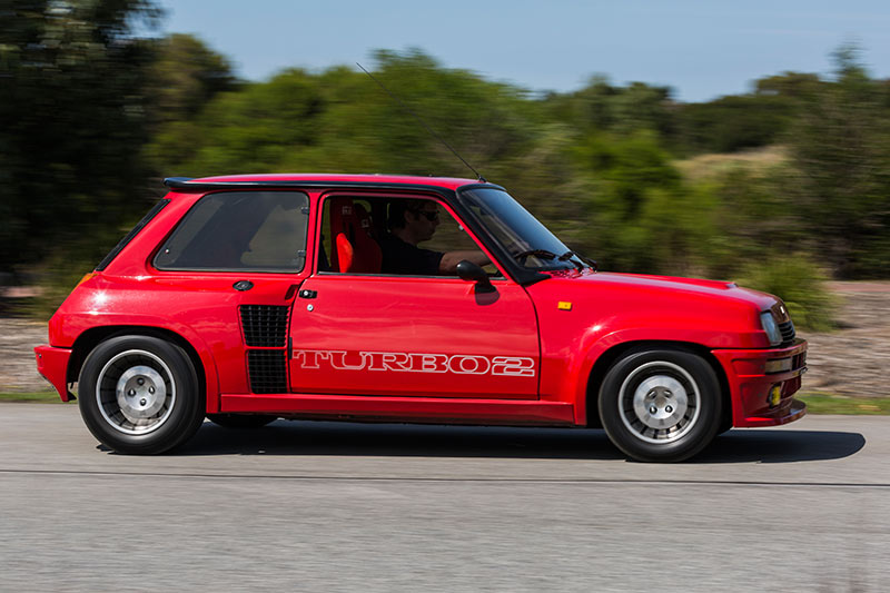 1985 renault 5 turbo 2 review. Black Bedroom Furniture Sets. Home Design Ideas