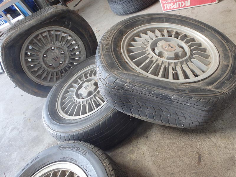 Moving -shed -tyres
