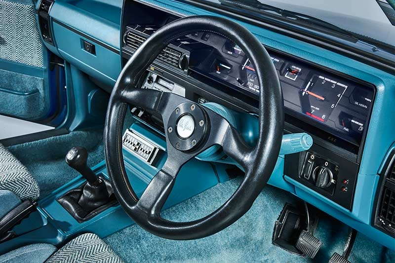 Holden -hdt -vk -commodore -interior -dash