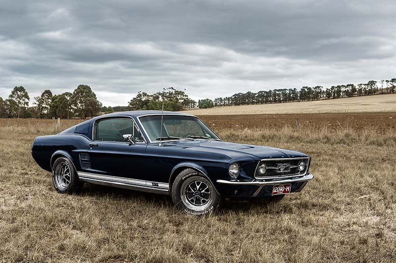 1967-FORD-MUSTANG-GT390-FOUR-SPEED-park