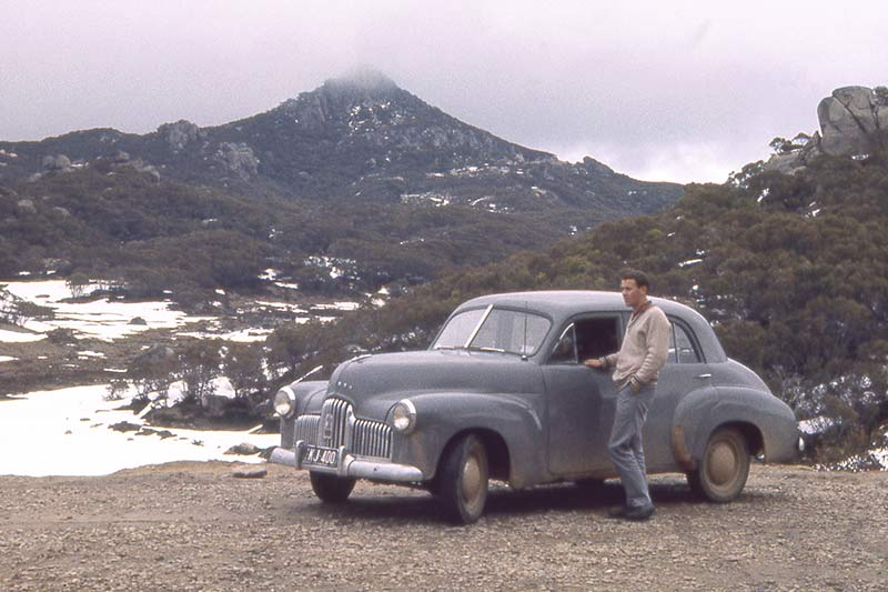 Holden -48-215-in -mountains