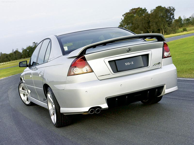 Holden -VZ_Commodore _SS-Z_2005_1600x 1200_wallpaper _03[1]