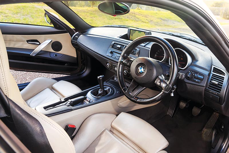 Bmw -z 4m -coupe -interior