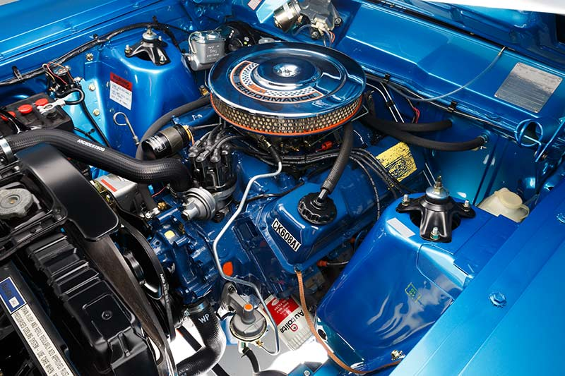 Ford -falcon -xw -gtho -engine -bay