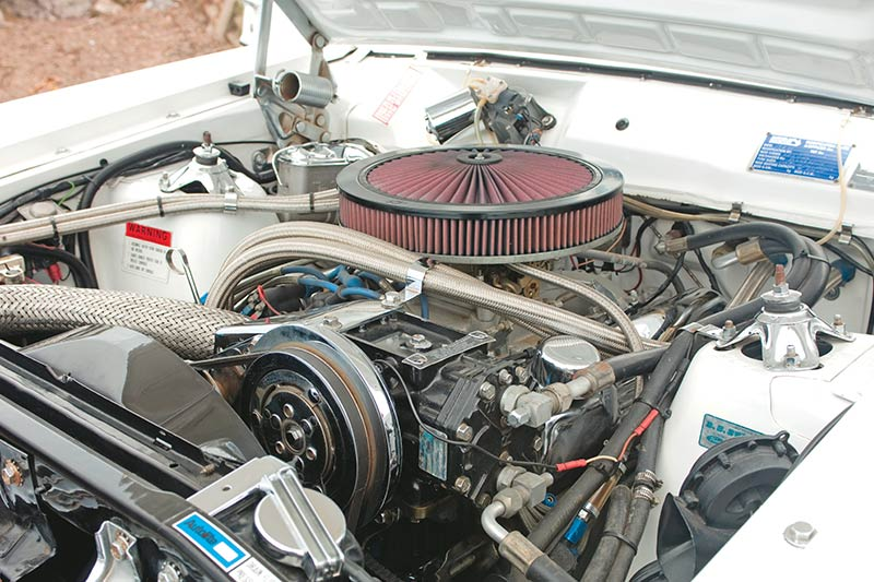 Ford -falcon -xy -stretch -engine -bay