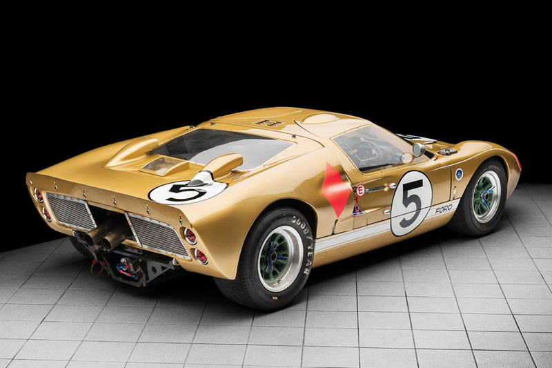 Ford -GT40-1966-Le -Mans -rear